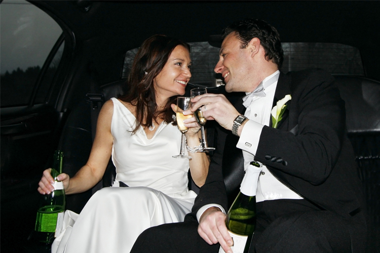 couple in wedding limo 0